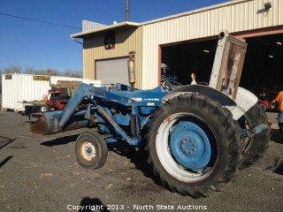 Ford 5000 Diesel Tractor, with Loader