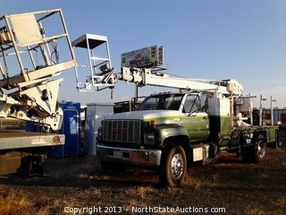 1993 GMC 7000 Series Bucket Truck with 6.6L Diesel, 4x2  and 285,877 Miles