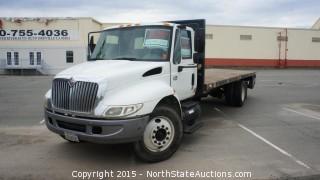 2005 International 4300 Flat Bed Truck