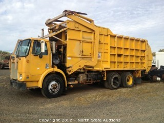 Volvo/GMC Garbage Truck with 93,986 Miles