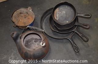 6-Piece Wagner Ware - Vintage Cast Iron Skillets, Kettle and Pot